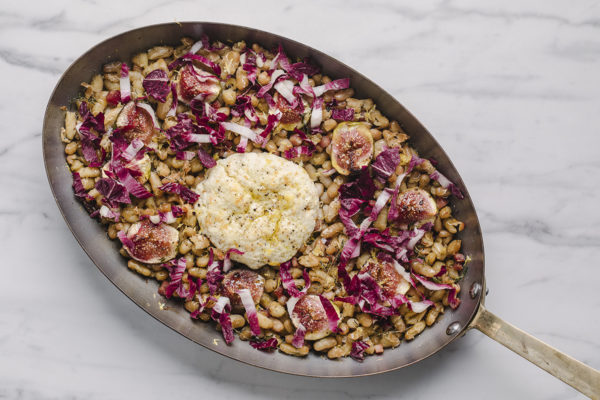 Salada de feijão com figo e ricota